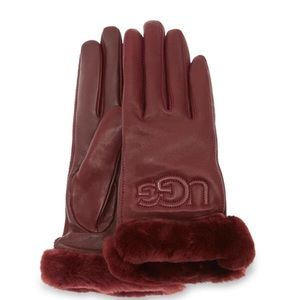 NWT UGG Classic Leather Logo Gloves S